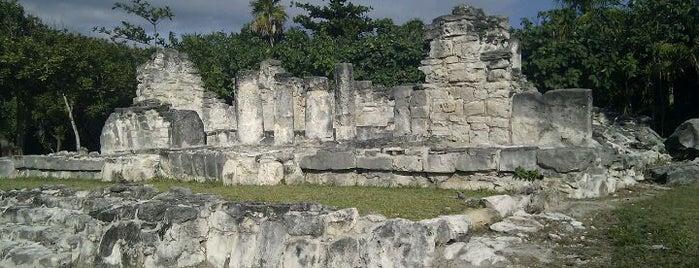 Zona Arqueológica El Rey is one of Explore the Mayan Paradise: Cancún #4sqCities.