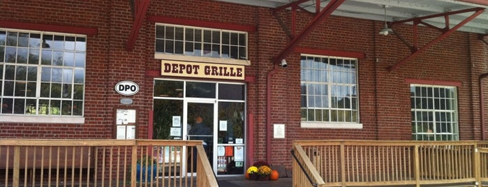 Depot Grille is one of Lynchburg: Food.