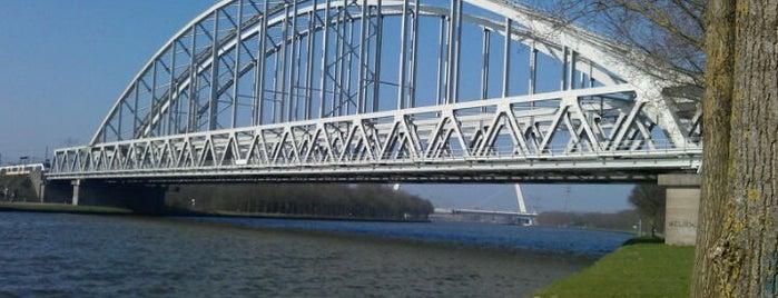 Spoorbrug Weesp is one of Bridges in the Netherlands.