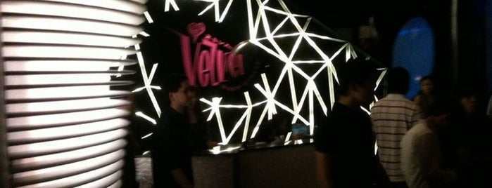 Velvet Underground is one of Hot Spot Clubbing in Singapore.
