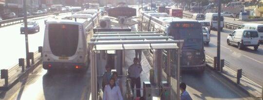 İBB Sosyal Tesisler Metrobüs Durağı is one of Metrobüs Durakları.