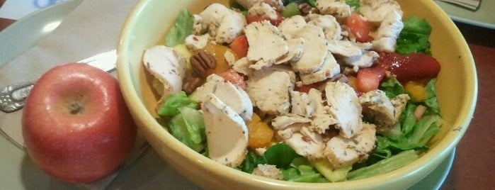 Panera Bread is one of The 15 Best Places for Pearls in Milwaukee.