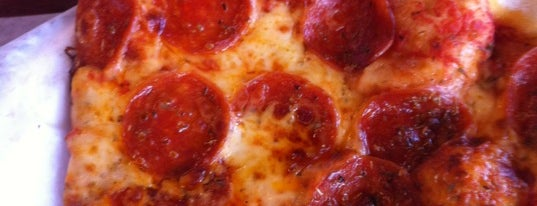 Umberto's Pizza is one of Livin' on Tulsa Time.