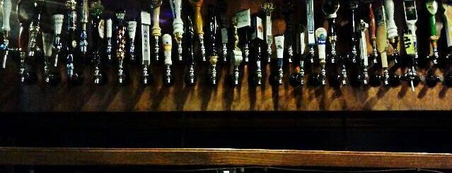 Avenue Pub is one of Draft Mag's Top 100 Beer Bars (2012).