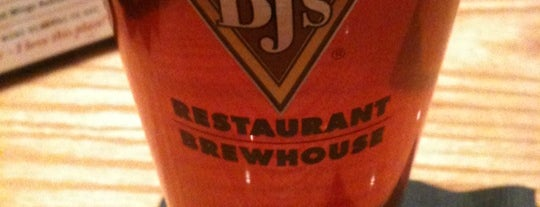 BJ's Restaurant and Brewhouse is one of SARA! MICHELLE! TEXAS! All good things here...