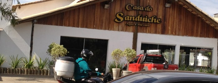 Casa do Sanduiche is one of Places.