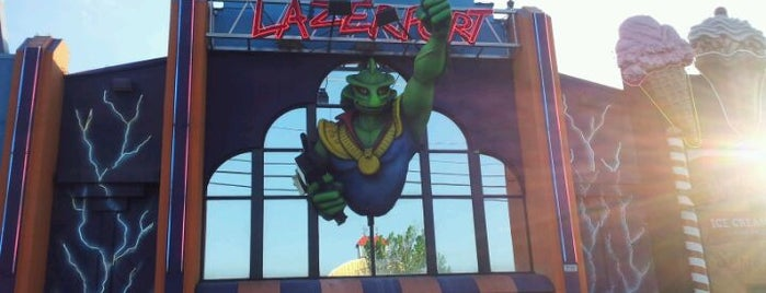 Lazer Port Family Fun Center is one of Arcades.