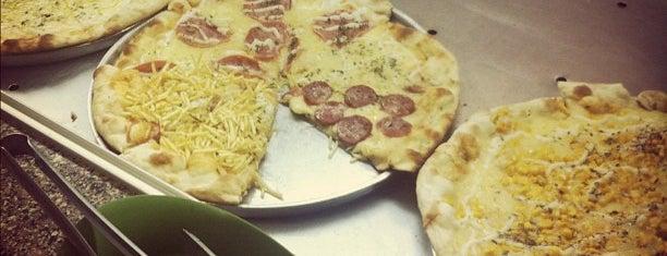 Oliveira's Pizzas (FAE) is one of PIZZATOUR: Pizzarias.