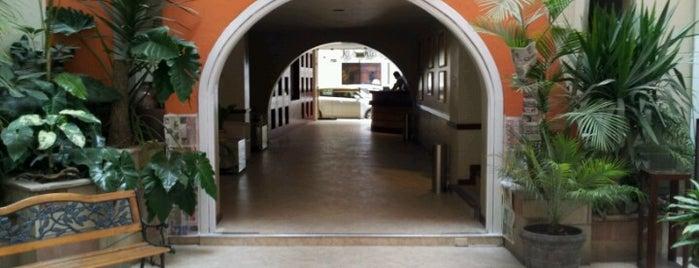 Hotel Los Conquistadores is one of Always Gourmet PERU, comer em Lima.