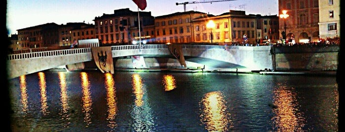 Ponte di Mezzo is one of pisa.