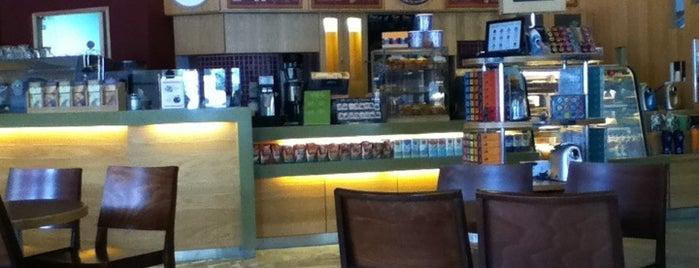The Coffee Bean & Tea Leaf is one of Island Plaza.