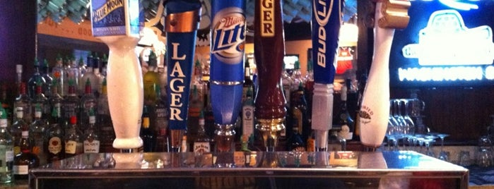 The Greene Turtle Sports Bar & Grille is one of places to dine.