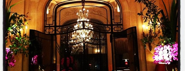 Hôtel Plaza Athénée is one of Best of World Edition part 2.