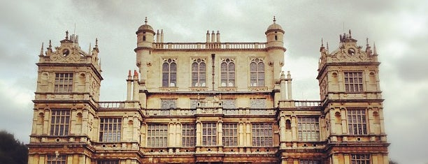 Wollaton Hall & Deer Park is one of Nottingham.