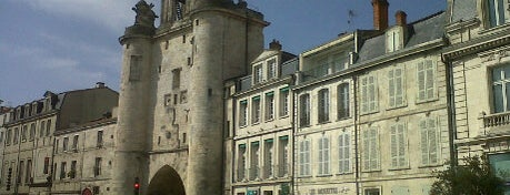 Grosse Horloge is one of Les immanquables de La Rochelle.