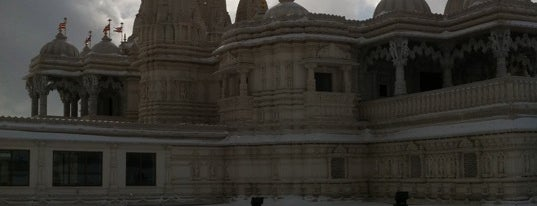 BAPS Shri Swaminarayan Mandir is one of This little Tee-Oh. Toronto #4sqCities.
