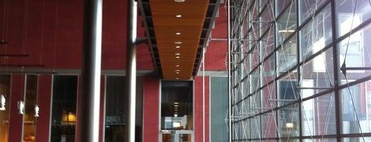 Sellon kirjasto is one of HelMet-kirjaston palvelupisteet.