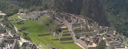 Machu Picchu is one of Maravillas del mundo.