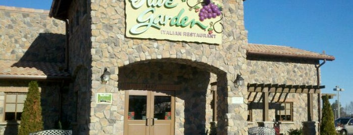 Olive Garden is one of Eateries.