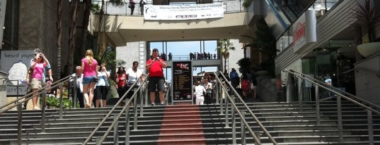 Hollywood & Highland Center is one of Guide to Los Angeles's best spots.