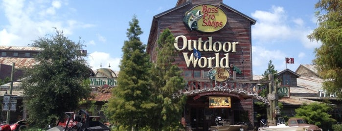Bass Pro Shops Outdoor World is one of shpX¡Knvs*gn'jMgAniDrr skDłź.