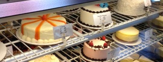 SoNo Baking Company & Café is one of CIA Alumni Restaurant Tour.