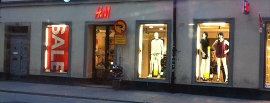 H&M Brunogallerian is one of All-time favorites in Sweden.