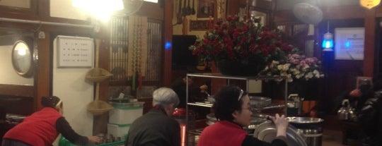 상주식당 is one of 한국인이 사랑하는 오래된 한식당 100선.