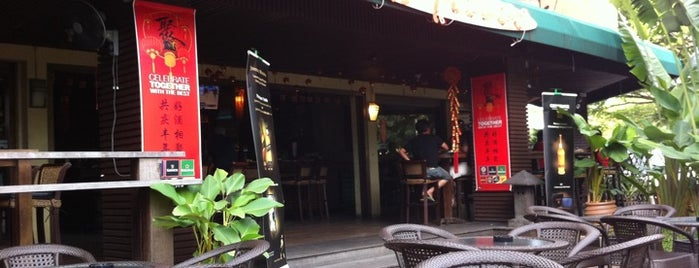 Al Fresco Side-Walk Cafe is one of miri.