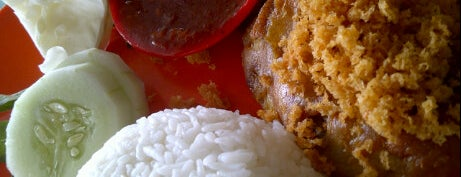 Ayam Goreng Asli Prambanan is one of Tempat Makan Maknyus - BALI.
