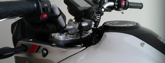 Eagle Motocamping LTDA (Yamaha) is one of Hotspots WIFI Poços de Caldas.