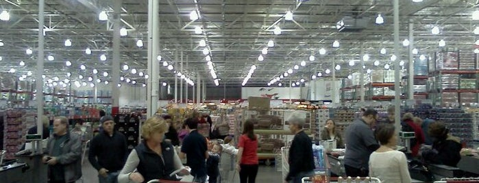 Costco Wholesale is one of Must-visit Food.