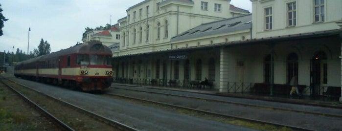 Železniční stanice Praha-Dejvice is one of Železniční stanice ČR: P (9/14).