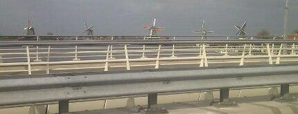 Julianabrug is one of Bridges in the Netherlands.