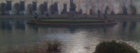 Valdštejnská zahrada   Waldstein Garden is one of Historická Praha.