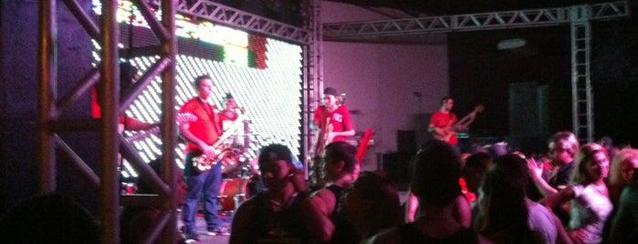 Fazenda Show is one of Casas Noturnas e Bares.