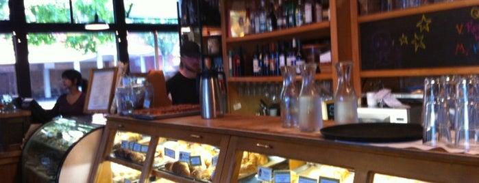 Louisa's Cafe & Bakery is one of Seattle Bucketlist.