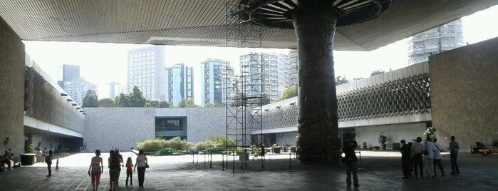 Museo Nacional de Antropología is one of Algunos lugares....