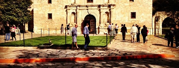 The Alamo is one of Bucket List Places.