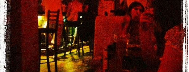 The Black Turtle II is one of non-pretentious party spots in Belgrade.
