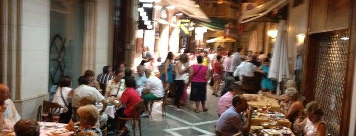 Lo Güeno is one of Restaurantes que admiten cheques Gourmet.