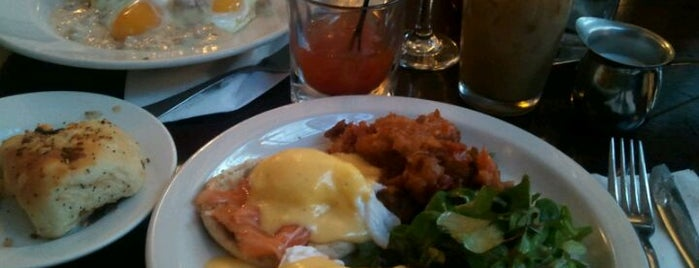 Essex Restaurant is one of Best Brunch Spots in New York City.