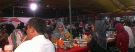 Sea Food Ayu is one of Tempat makan OK'lah.