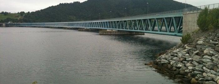 Bergsøysundbrua is one of Krifast.