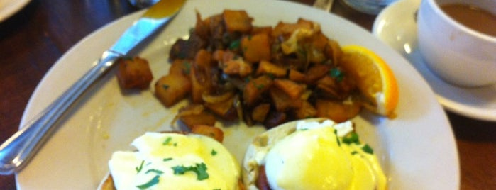 The Smith is one of NYC Brunch list.