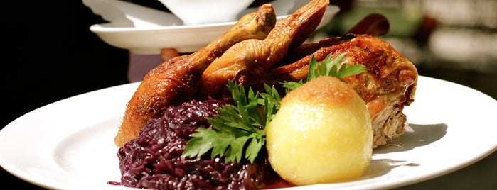 Osterwaldgarten is one of Restaurants in München.