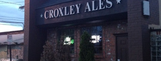 Croxley's Ale House is one of Venues We've Visted.
