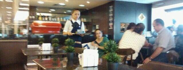 São Braz Coffee Shop is one of Midway Mall.