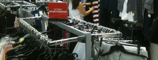 Lojas Renner is one of comércio & serviços.