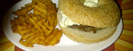 Chip's Burger is one of Hamburguerias.